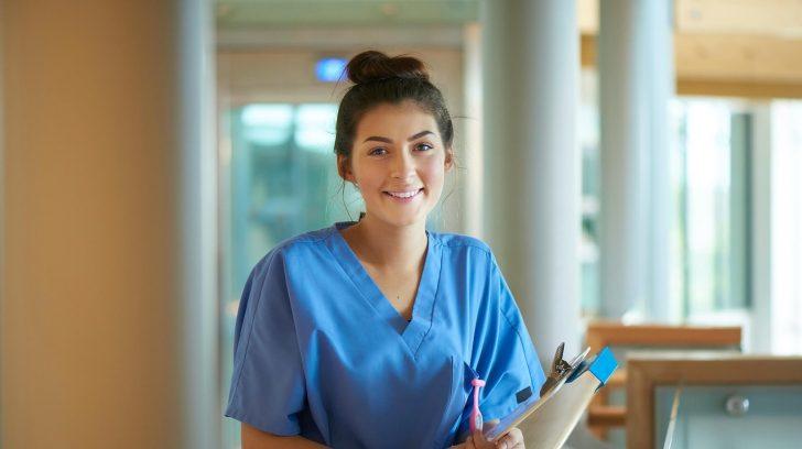 Vrouw in ziekenhuis 1